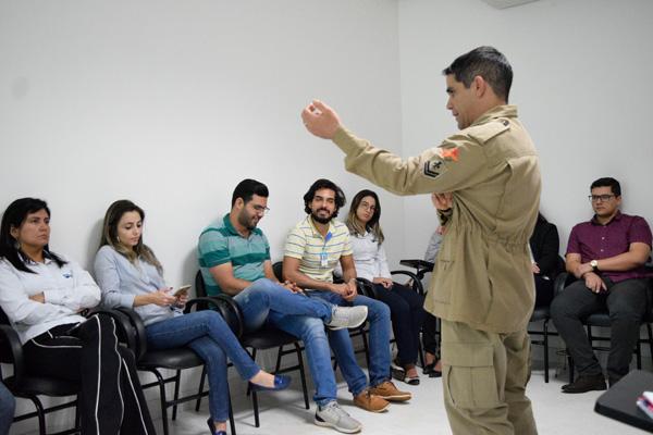 Colaboradores do IBGH passam por treinamento em primeiros socorros